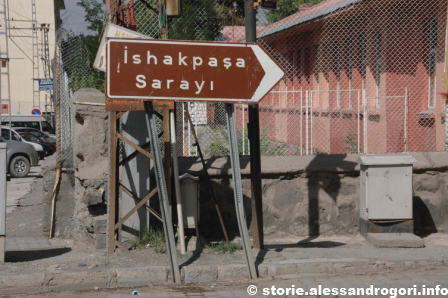 Dogubayazit indicazione Ishak-pasa Sarayi
